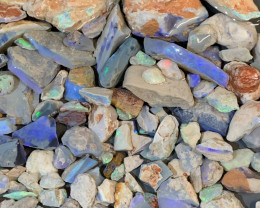 1000 cts STRAIGHT FROM THE MINE LIGHTNING RIDGE ROUGH