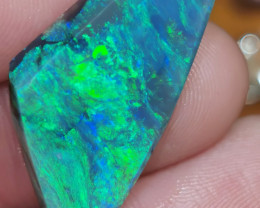 BEAUTIFUL PIECE OPAL ROUGH 8.51 CARATS