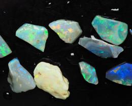 Lightning Ridge Australian Opal, Lot of rough/rubs, 22.95 ct