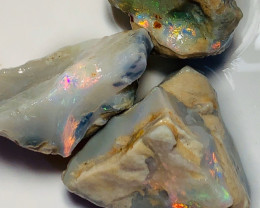 80CTs of LR Opal Rough - Red Colour Bars