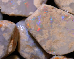 105CTS DARK BASE OPAL ROUGH  L. RIDGE PARCEL   DT-A2101