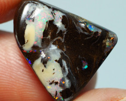11.40CTS    YOWAH OPAL WITH AMAZING PATTERN  BJ194