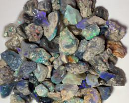 250 CTS BLACK SEAM OPAL ROUGH WITH LOTS OF COLOURS #516