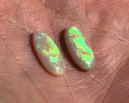 4.2ct flashy Lightning Ridge  pair