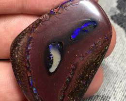 83,22 cts - Koroit boulder opal, cabochon - Koroit, Queensland, Australia