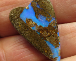 17cts. **LOVELY QUEENSLAND BOULDER PIPE OPAL**