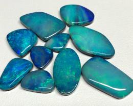 23.4cts green-blue Australian opal doublets