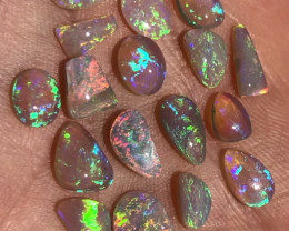 9.5cts Bright Lightning Ridge Crystal