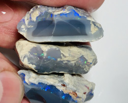 HIGH POTENTIAL ROUGH OPALS TO CUT #818