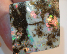 Boulder Opal Rough Rub With Gem Multi Color