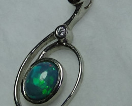 15.30 ct Stunning 925 Silver Solid Welo Opal Pendant With Cubic Zirconia *