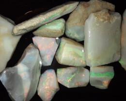 156 Carats of Mintabie Australia Opal