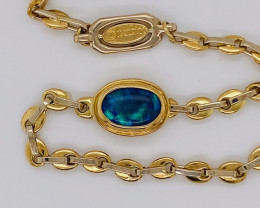 18 K GOLD CHAIN BRACELET WITH OPAL 13.752  GRAMS  L 439