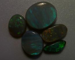 4.85 ct Lighting Ridge Solid black/dark opal parcel