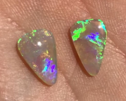 2.5cts bright Lightning Ridge crystal pair