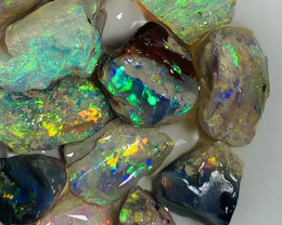 LITTLE BRIGHT MULTICOLOUR ROUGH NOBBY OPALS TO GAMBLE#1499
