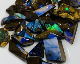 Winton Boulder Material- 110 CTs Dark Base Rough Boulder Opals #1504