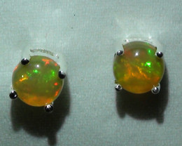 4.60 ct Ethiopian Solid Crystal Opal Earring's