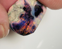 RED ON BLACK-MULTICOLOUR BLACK NOBBY OPAL RUB, RED DOMINANT#1366