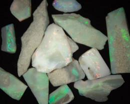 124 CTs Mintabie opal Rough