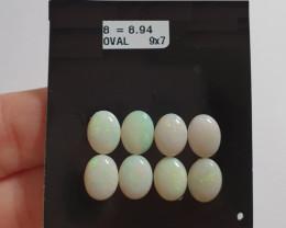 8.94 cts Opala sólida forma oval
