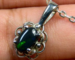 GREEN FLASH BLACK OPAL 18K WHITE GOLD PENDANT .70 CTS SCA605