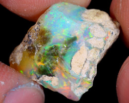 9cts Natural Ethiopian Welo Rough Opal / WR4358