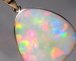 7.5ct 14k Gold Australian Solid Gem Opal & Diamond Pendant M90
