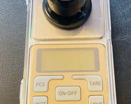 Digital weight scales and Magnifier lens  CCC 202
