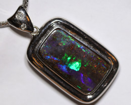 73.40 CTS BOULDER OPAL PENDENT SET IN WHITE GOLD CS451