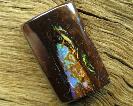 21cts. YOWAH NUT OPAL~MULTI COLOUR GEM FLASH.