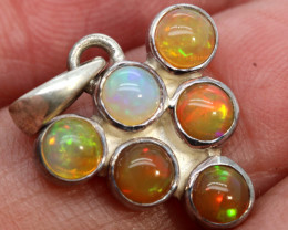 9.75 CTS ETHIOPIAN OPAL SILVER PENDANT     OF-2777