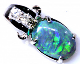 4.25 CTS  BLACK OPAL WHITE GOLD PENDANT OF-2788
