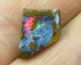 5.5cts, GEMMY FLASH BOULDER OPAL~ROUGH RUB.