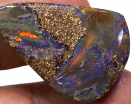 39 CTS BOULDER  OPAL STONE RO-540