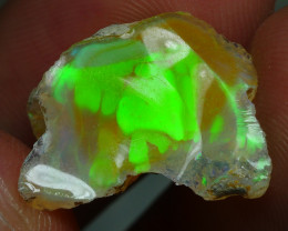 7.365 CRT WELO OPAL ROUGH MULTICOLOR ETHIOPIAN OPAL