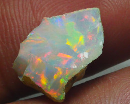 3.080CRT WELO OPAL ROUGH MULTICOLOR ETHIOPIAN OPAL