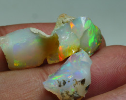 17.305CRT WELO OPAL ROUGH MULTICOLOR ETHIOPIAN OPAL