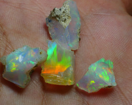 11.110CRT WELO OPAL ROUGH MULTICOLOR ETHIOPIAN OPAL