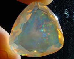 11.56ct Facetted Fire Opal Contraluz