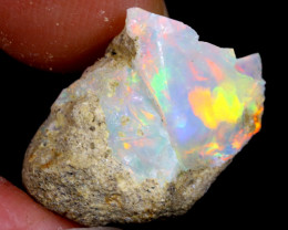 8cts Natural Ethiopian Welo Rough Opal / WR6402