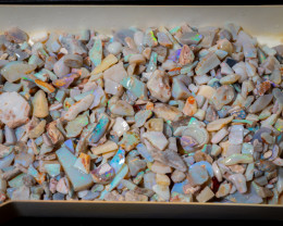 800 grams of Olympic mine Opal rough  & Rubs - Lots to cut 4000 carats
