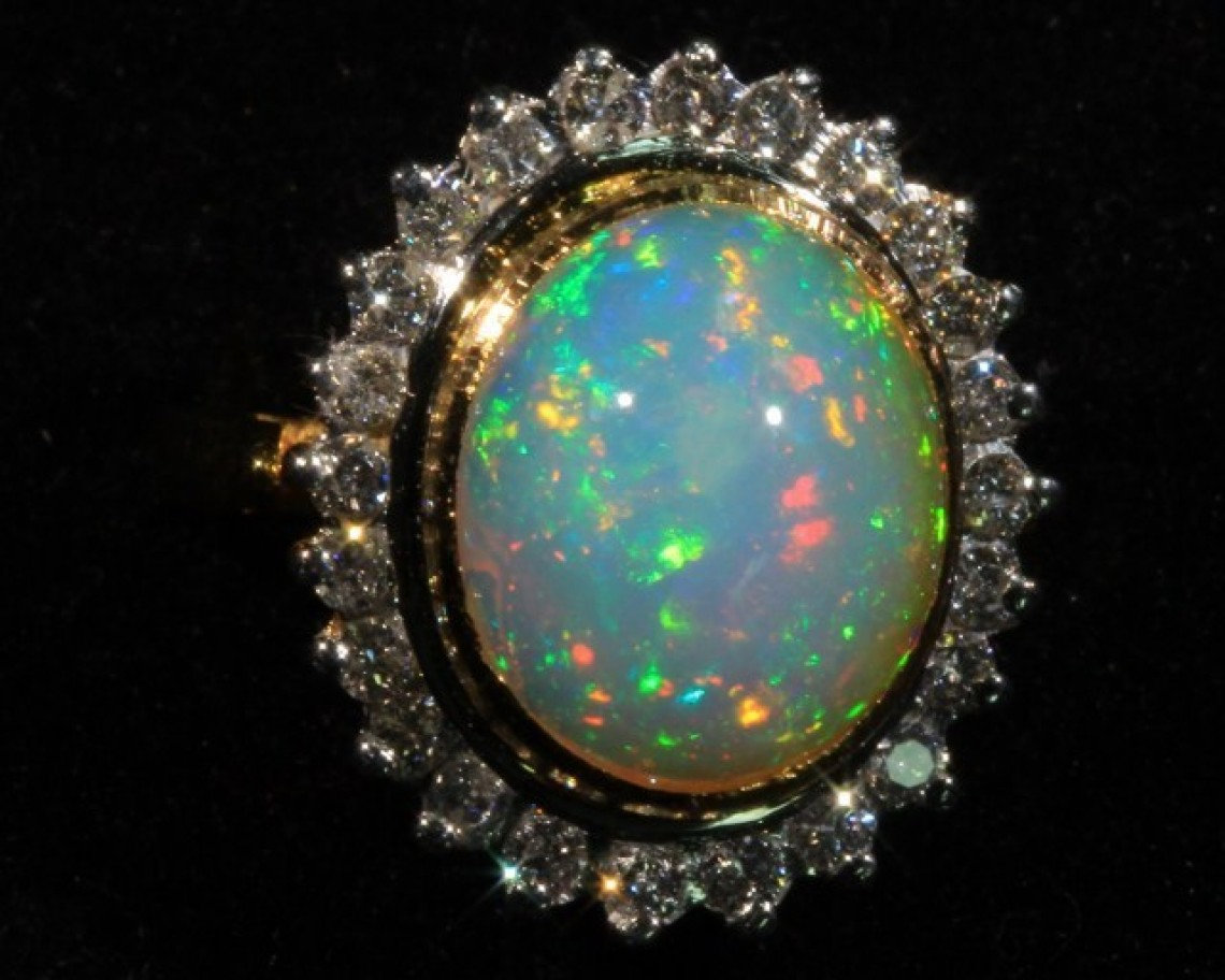 How To Choose Opal Jewelry Opal Auctions