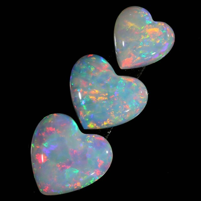 Parcel of love heart opals