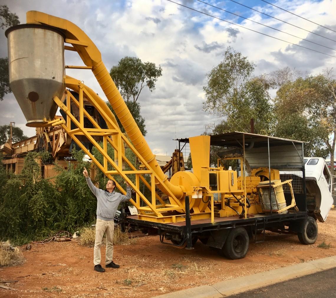 Blower opal mining