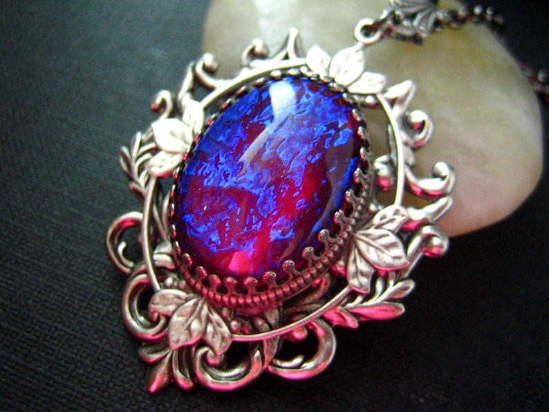 What is Dragons Breath Opal