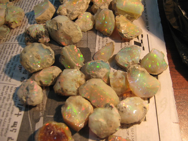 Ethiopian Opals unpolished
