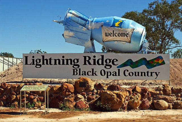 Lightning Ridge Opal Festival