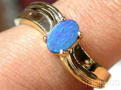 OPAL DOUBLET GOLD PLATED RING SIZE 6.5  6 X 5 MM MU627[OA]