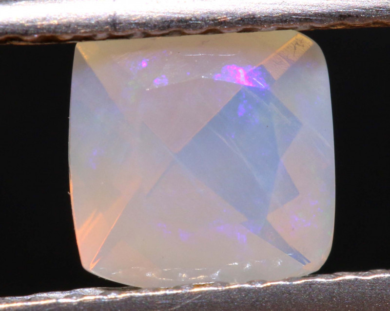 0.40 CTS LIGHTNING RIDGE FACETED CRYSTAL OPAL TBO-A2777